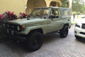 Toyota : Land Cruiser Fj73