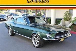 Ford : Mustang Bullitt Fastback Photo