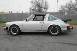 Porsche : 911 S Package