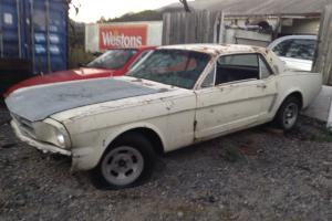 Mustang Coupe 1966 Project CAR Comple BUT Needs Restoration