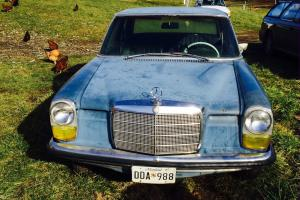 Mercedes-Benz : 200-Series 220D