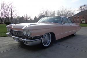 Cadillac : DeVille Base Hardtop 2-Door