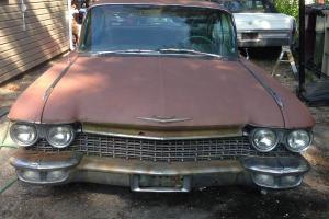 Cadillac : DeVille 4 door
