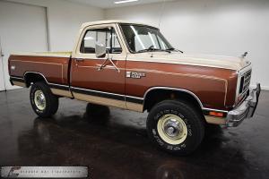Dodge : Other Pickups D150
