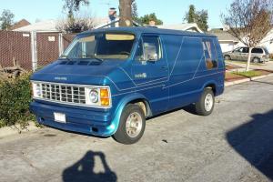 Dodge : Ram Van B-150