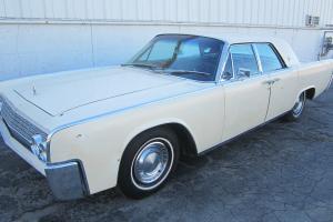 Lincoln : Continental 4-door HT