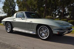 Chevrolet : Corvette NOM 425hp