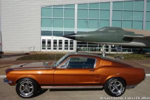 Ford : Mustang Sportsroof Coupe