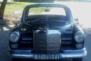 Mercedes-Benz : 190-Series limousine-4 door