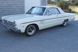 Plymouth : Fury Commando v-8