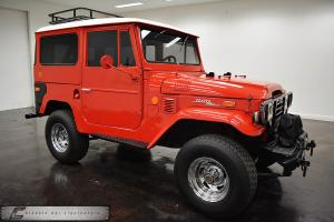 Toyota : Land Cruiser FJ40 Photo