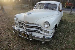 Chrysler : Royal 4-door Sedan-6 passenger