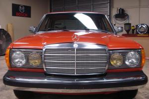 Mercedes-Benz : 300-Series 1978 Diesel Time Capsule