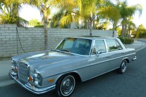 Mercedes-Benz : 300-Series full chrome package