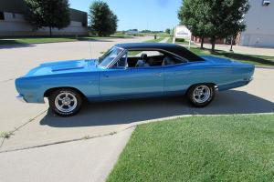 Plymouth : Road Runner Plymouth