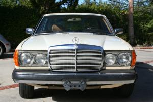 Mercedes-Benz : 300-Series 2 door coupe