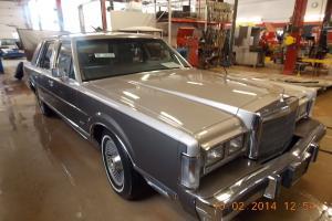 Lincoln : Town Car Cartier
