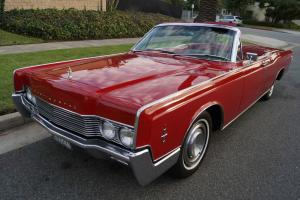 Lincoln : Continental CONVERTIBLE WITH ALL RECORDS SINCE 1983! FEW FINER