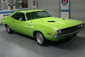 Dodge : Challenger Two Door Photo