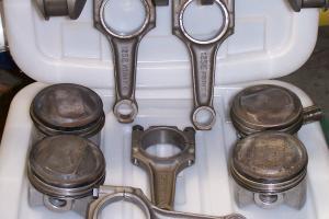 Lotus Twincam Crankshaft CON Rods Pistons Photo