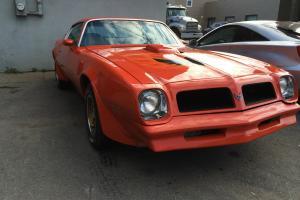 Pontiac : Firebird ORANGE