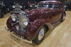 1940 Bentley Mark V Sports Saloon by Park Ward Photo