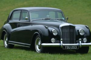 1961 Bentley S2 by James young Design B2 100 Photo