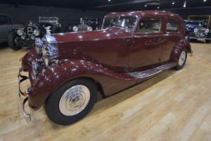 1939 Rolls Royce Wraith (Experimental car.)