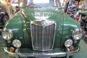 1958 MG ZB Magnette in Dapto, NSW