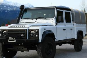 Land Rover : Defender 130 Photo