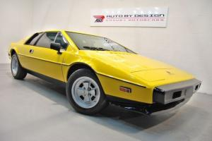 Lotus : Esprit S2 Photo