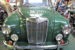 1958 MG ZB Magnette in Dapto, NSW