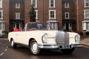 1963 Mercedes-Benz 220SEb Convertible