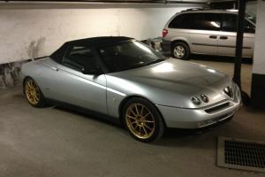 Alfa Romeo : Spider 2.0 t-spark