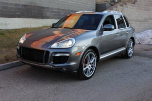 Porsche : Cayenne Turbo AWD Photo
