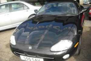 2002 Jaguar XK8 4.0 auto 2 OWNERS,9 JAGUAR SER/STAMPS,LOW ROAD TAX,PRIVATE REG Photo