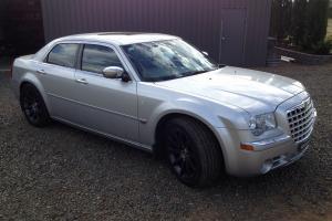 Chrysler 300C 5 7 Hemi V8 2008 4D Sedan 5 SP Automatic 5 7L Multi Point
