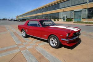 Ford Mustang Coupe 289V8 with 5 speed manual transmission