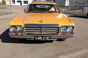 Chrysler Valiant CL Station Wagon Suit 265 Charger