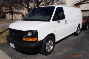 Chevrolet : Express Base Standard Cargo Van 4-Door