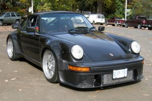 Porsche : 930 Turbo