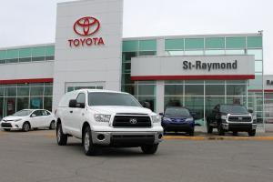 Toyota : Tundra Photo