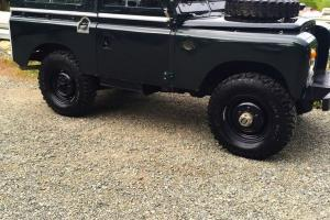 Land Rover : Defender 88