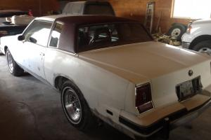 Pontiac : Grand Prix LJ Coupe 2-Door