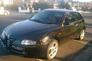 Alfa Romeo 147 2 0 Twin Spark 2003 3D Hatchback Manual 2L Multi Point in Lidcombe, NSW Photo