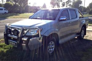 Toyota Hilux 2005 SR5 Dual CAB 4x4 V6 Automatic GGN25R in Mill Park, VIC