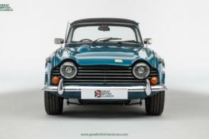 Triumph TR250 // Valencia Blue // 1968 Photo