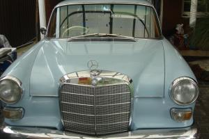 Mercedes 110 4 Speed Auto Dick Brakes