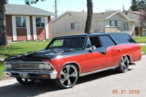 Chevrolet : Chevelle 4 door wagon