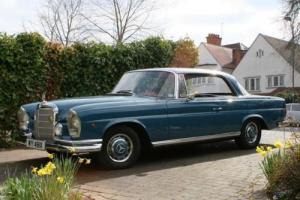 1962 Mercedes-Benz 220SE Pillarless Coupé